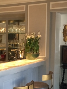 Paper Whites Kitchen Decor