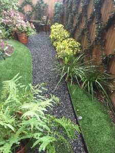Artificial Sod with Curvy Edges